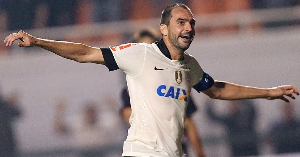 17.jul.2013 - Danilo comemora segundo gol do Corinthians contra o São Paulo na Recopa