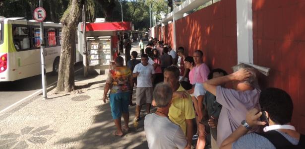 Torcida do Flu compra ingressos para o clássico contra o Vasco nas Laranjeiras