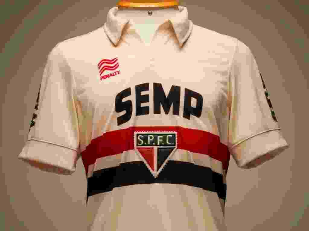 85b0f224aa São Paulo lança camisa retrô em homenagem a Leônidas da Silva - 19 ...