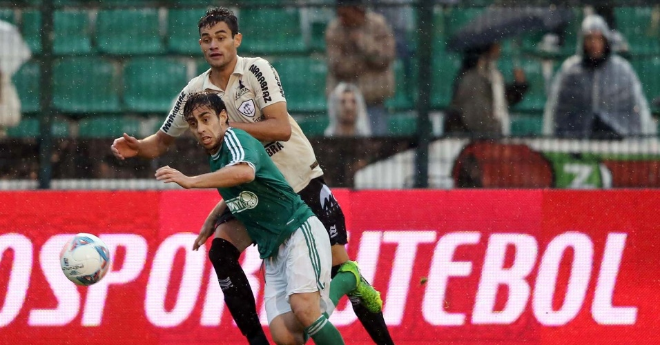 Valdívia fez o terceiro gol do Palmeiras na partida