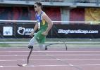 Fonteles quebra recorde mundial de Pistorius e leva ouro no Mundial - PHILIPPE DESMAZES/AFP