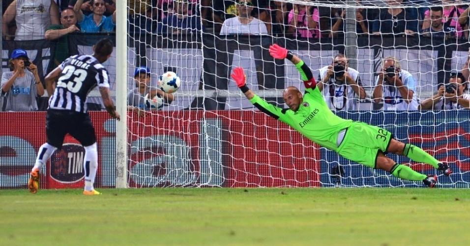 Goleiro Abbiati defende cobrança em decisão de pênaltis contra a Juventus