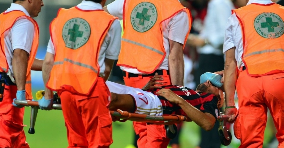 Luca Antonini se contundiu após choque de cabeça