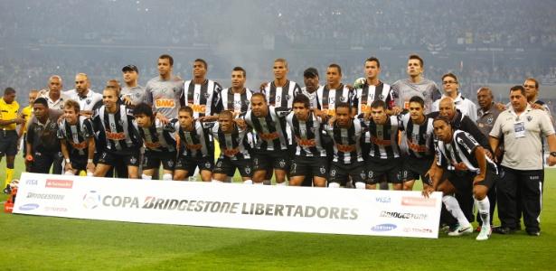 Do time titular campeão em 2013, só restam o goleiro Victor e o zagueiro Leonardo  Silva - Marcus Desimoni/UOL