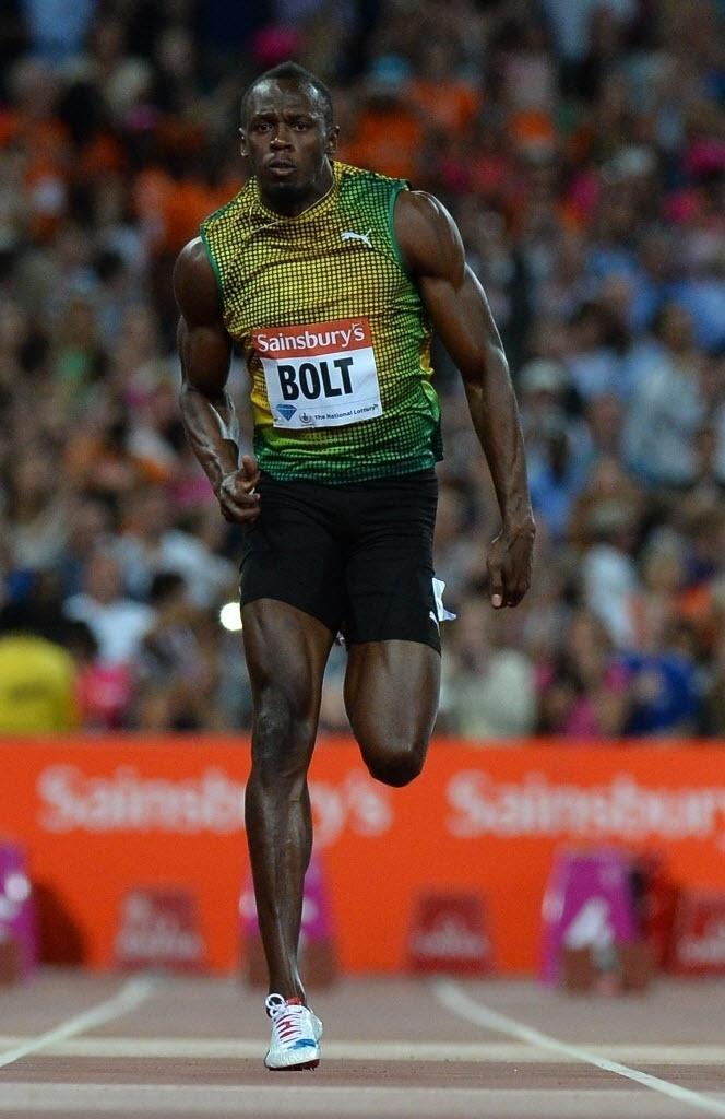 26.jul.2013 - Usain Bolt compete nos 100 m rasos da Liga de Diamante em Londres; jamaicano venceu com 9s85, sua melhor marca do ano