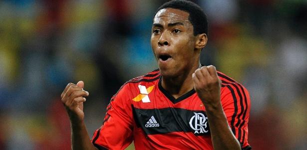 Elias conseguiu marcar e garantir empate do Flamengo aos 49min do segundo tempo