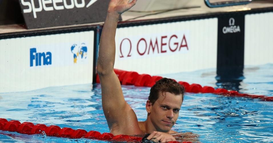 29.jul.2013 - César Cielo acena após ganhar a medalha de ouro nos 50 m borboleta no Mundial de Esportes Aquáticos