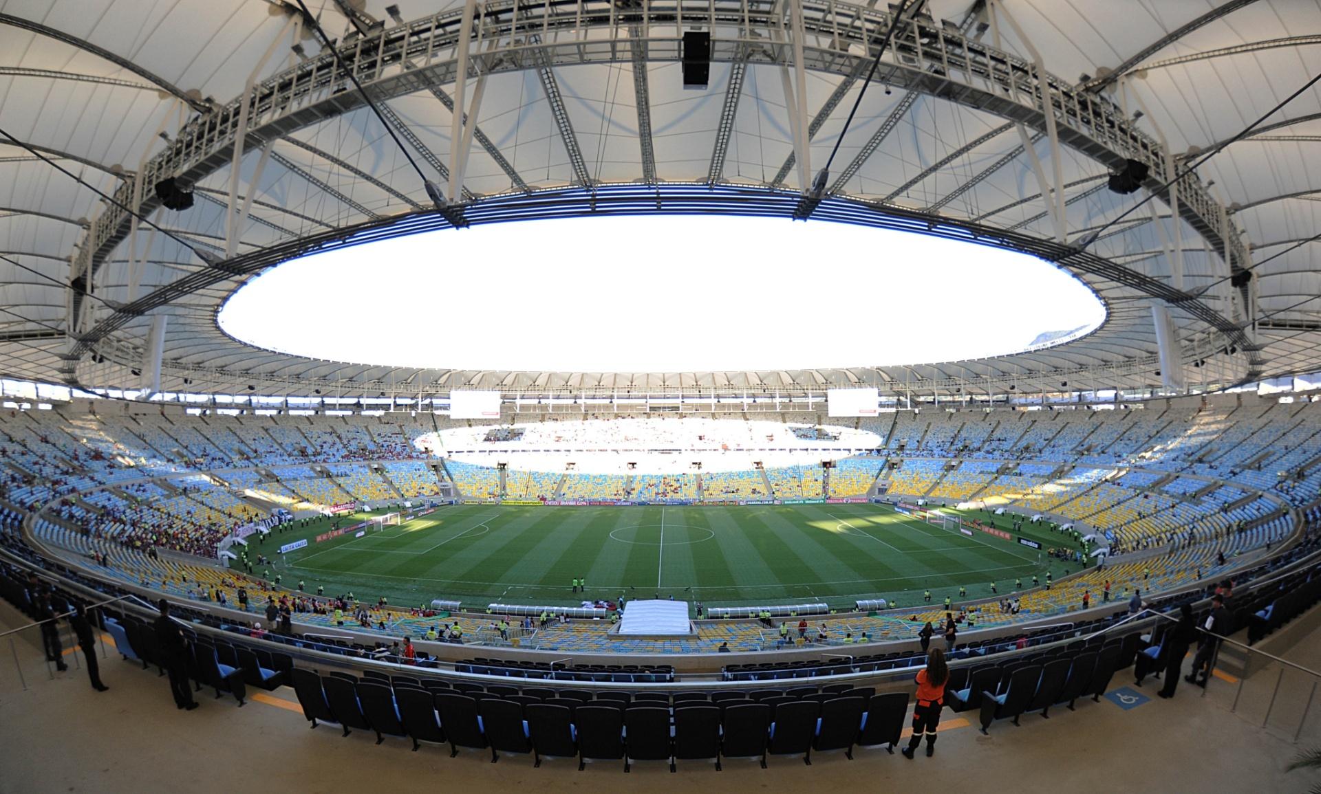 Visão geral do estádio do Maracanã à tarde