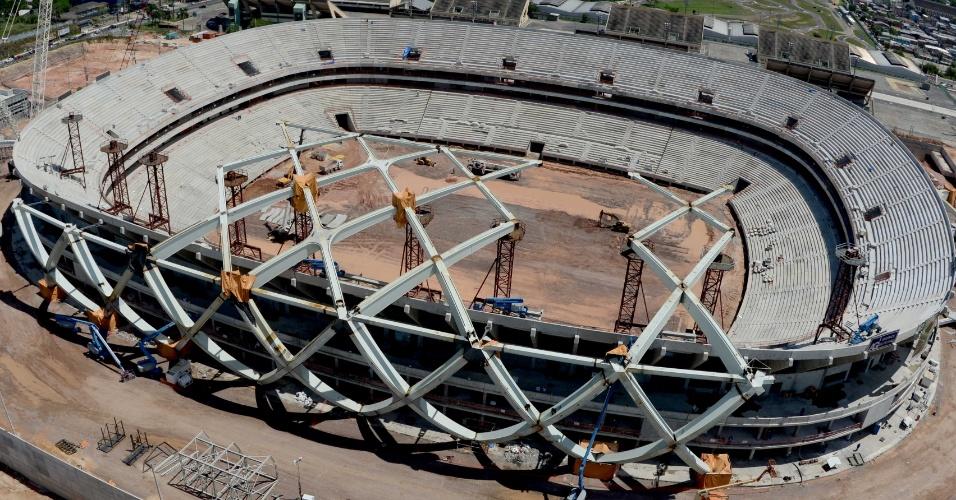 29.jul.2013 - Obra da Arena Amazônia, em Manaus, ultrapassou 70% do seu cronograma de construção