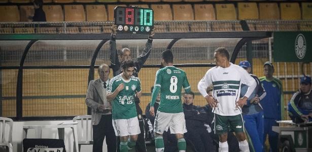 Valdivia esteve em campo por cerca de 25 min contra o Icasa e o time marcou três gols - Rodrigo Capote/UOL