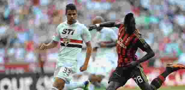 Revelação do São Paulo é comparada a Lúcio e interessa a Juventus ... d94393787dead