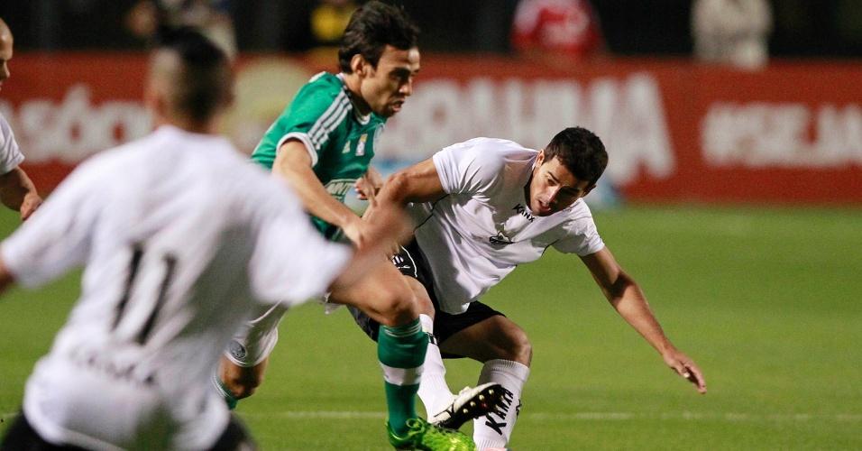 02.08.2013 - Valdivia começou como titular do Palmeiras contra o Bragantino nesta sexta