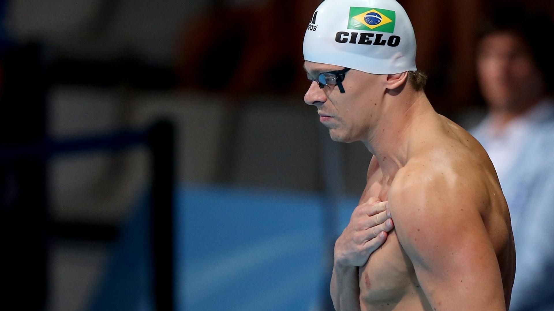 2.ago.2013 - César Cielo se prepara para nadar as semifinais dos 50 m livre; ele se classificou para a decisão