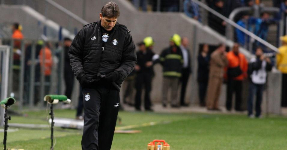 Renato Gaúcho lamenta atuação do Grêmio contra o Coritiba, na Arena