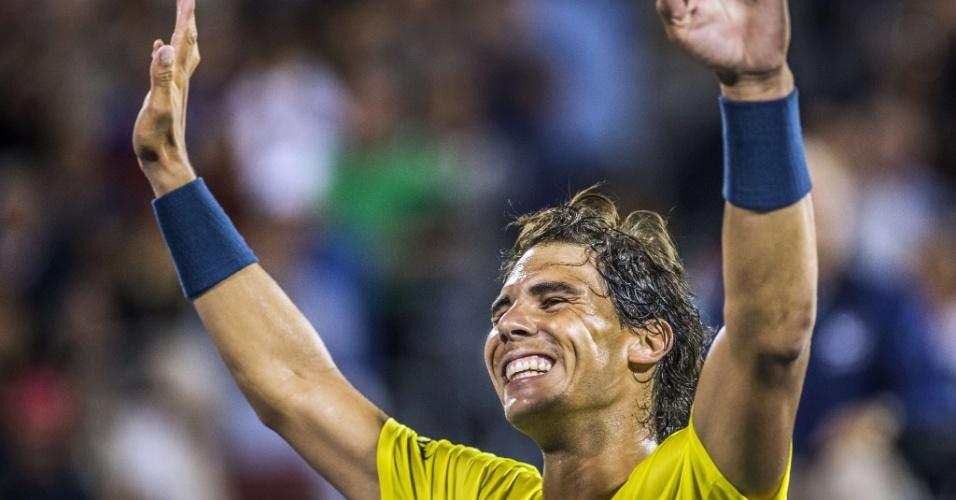 10.08.2013 - Rafael Nadal acena para a torcida em Montreal depois de ter vencido Novak Djokovic na semifinal do Masters 1000