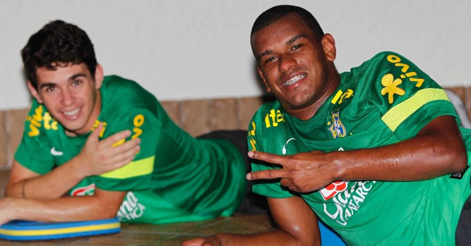 12ago2013 - Oscar e Fernando foram convocados para o amistoso