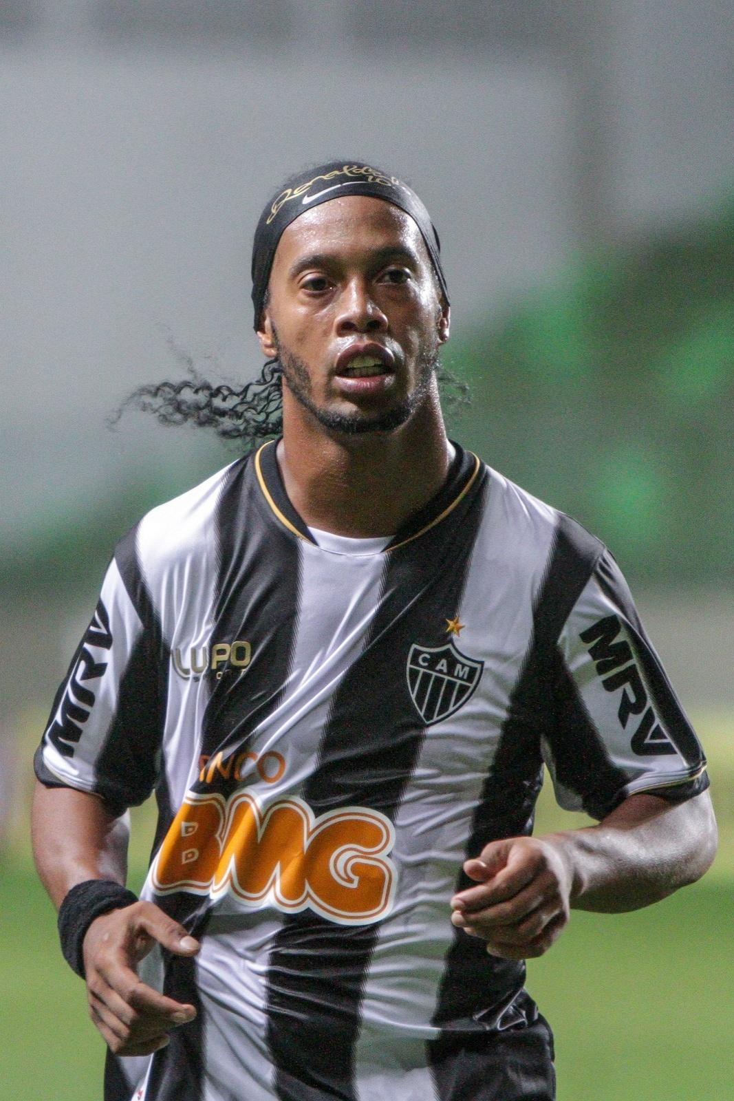 14 ago 2013 - Ronaldinho Gaúcho durante o jogo em que o Atlético-MG venceu o Bahia, por 2 a 0, no Independência