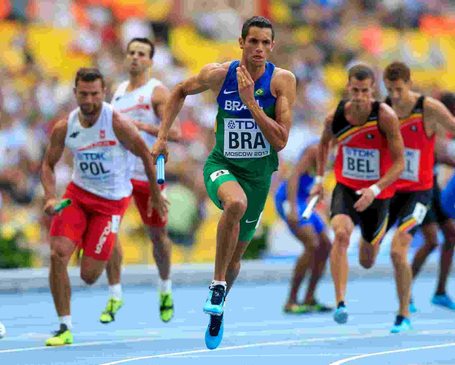 15.ago.2013 - O brasileiro Hugo de Souza compete no revezamento 4x400 m; o Brasil passou para a final com o sexto melhor tempo - Jamie Squire/Getty Images
