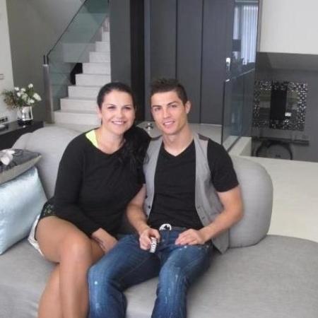 Katia Aveiro é irmã de Cristiano Ronaldo - Reprodução/Facebook