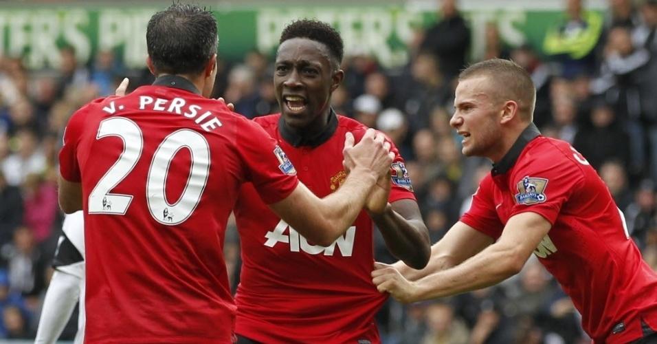 Van Persie celebra golaço marcado na partida do Manchester United contra o Swansea