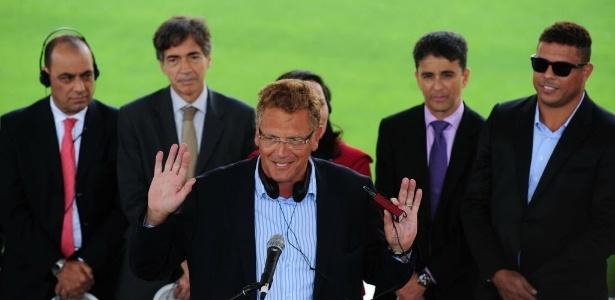 Comitiva da Fifa faz visita ao Pais. Sem os impostos da entidade, União deixará de arrecadar R$ 1 bilhão