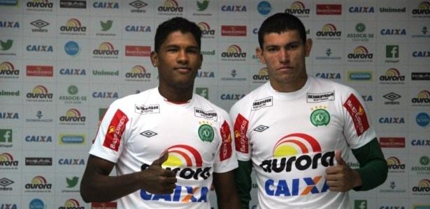 Atacante Caion (esq.) e zagueiro Breno reforçarão a Chapecoense na Série B