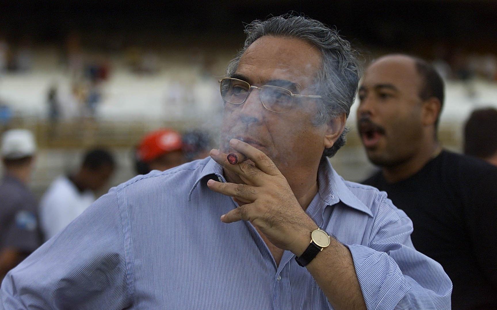 bab646b800 MP cobra desvio de verbas públicas e Eurico crê em ação de cunho político -  29 08 2014 - UOL Esporte