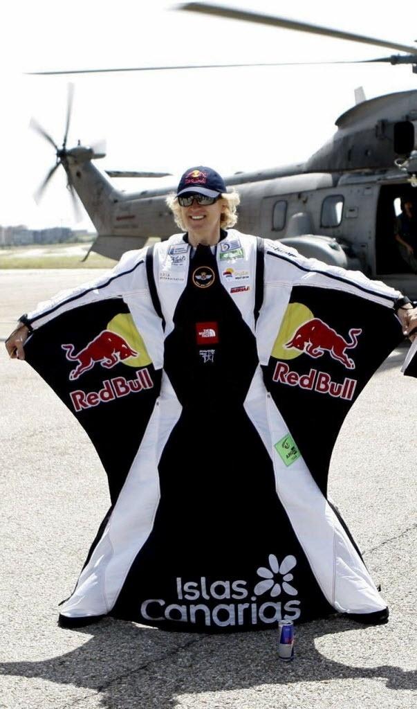 23.08.2013 - Espanhol Álvaro Bultó, apresentador de TV e atleta radical, morreu em voo de wingsuit