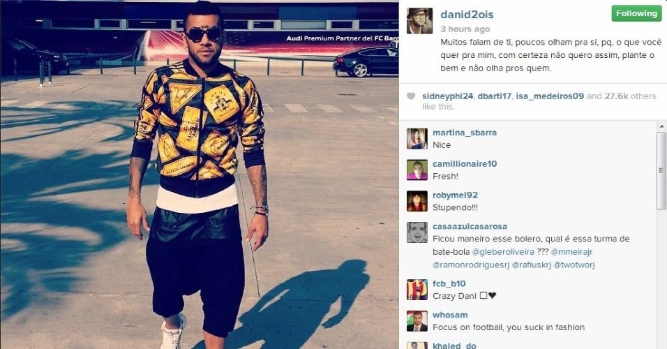 Após treino do Barcelona, Daniel Alves chamou, mais uma vez, a atenção por seu estilo ousado