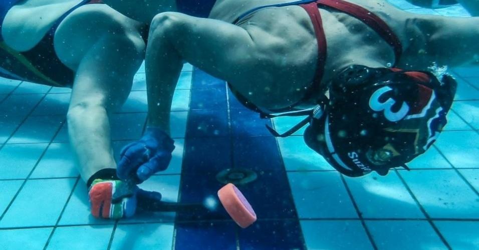 Hungria promove Mundial de hóquei subaquático, modalidade que existe desde 1954