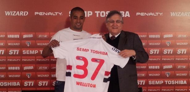 Atacante Welliton é apresentado no São Paulo após desistir de acordo com o Coritiba - Lucas Tieppo/UOL