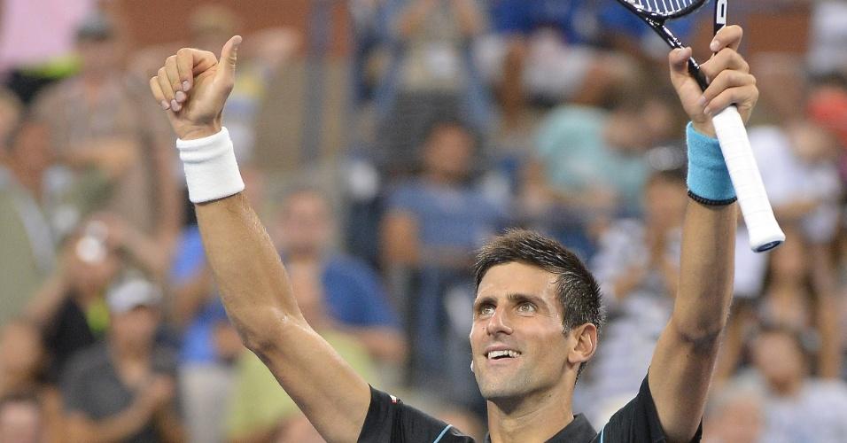 02.set.2013 - Novak Djokovic comemora vitória sobre João Sousa na terceira rodada do US Open