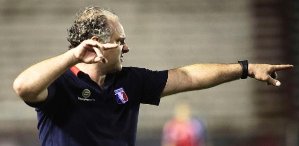 Toninho Cecílio comandou o time do Guaratinguetá em apenas sete partidas