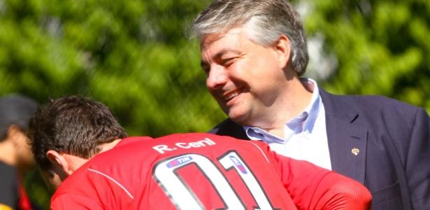 Adalberto Baptista e Rogério Ceni; cartola bateu de frente com ex-goleiro em 2013
