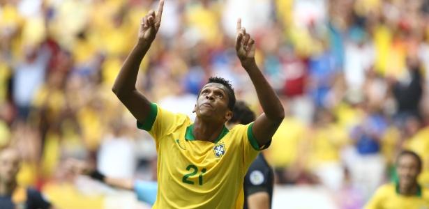 Em 2013, Brasil e Austrália se enfrentaram no DF; seleção venceu por 6 a 0