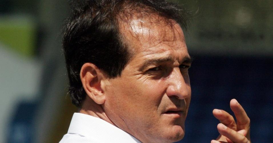 17.02.2004 - Muricy Ramalho é apresentado como treinador do São Caetano
