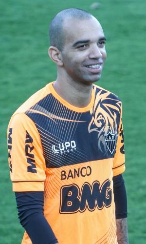 11 setembro 2013 - Diego Tardelli participou do treino recreativo, mas será poupado pelo Atlético-MG contra o Coritba
