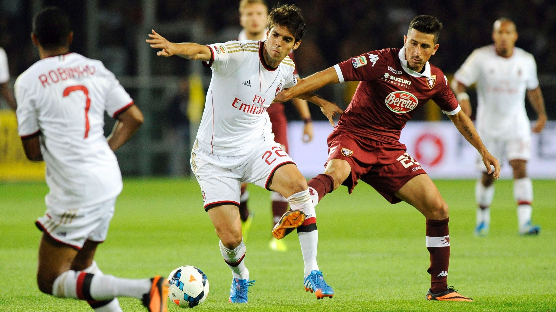 14.09.2013 - Kaká estreia como titular pelo Milan na partida contra o Torino, pelo Campeonato Italiano