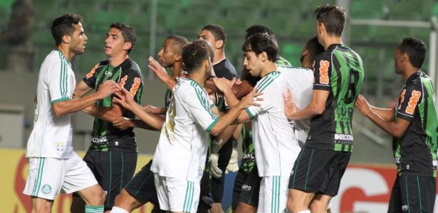 Confusão generalizada envolvendo jogadores de Palmeiras e América-MG  - PAULO FONSECA/FUTURA PRESS/FUTURA PRESS/ESTADÃO CONTEÚDO