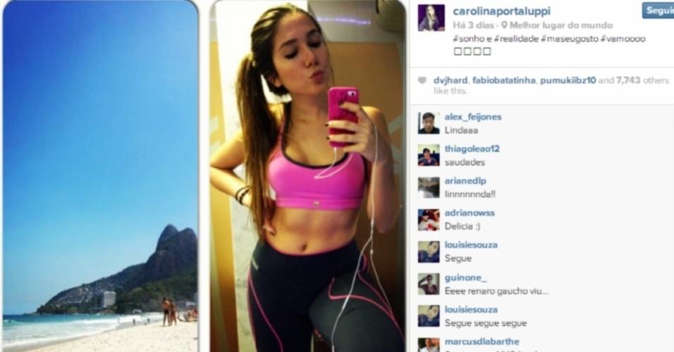 Carol Portaluppi, filha de Renato Gaúcho, posa de top antes de malhar e brinca com foto de praia: