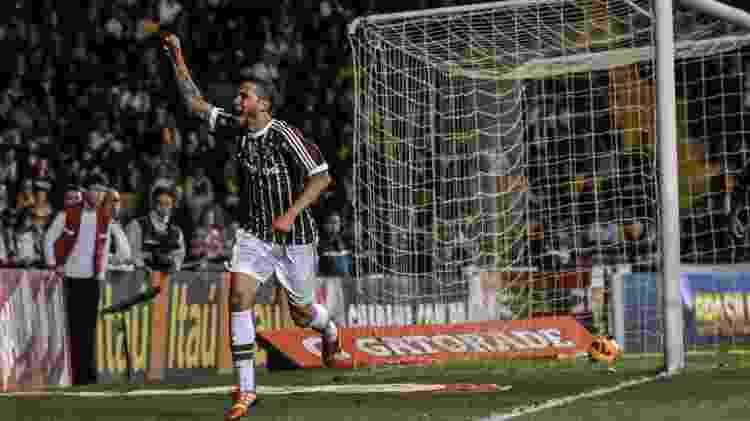 18.set.2013 - Bruno comemora depois de marcar para o Fluminense na partida contra o Criciúma pelo Brasileirão - EDUARDO VALENTE/FRAME/ESTADÃO CONTEÚDO - EDUARDO VALENTE/FRAME/ESTADÃO CONTEÚDO