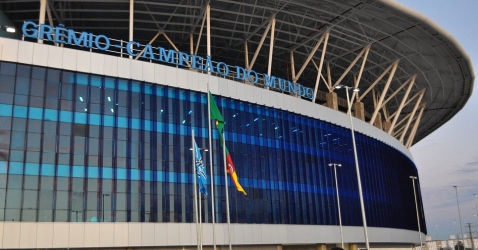 Grêmio inaugura letreiro de 'campeão do mundo' na nova Arena (18/09/2013)