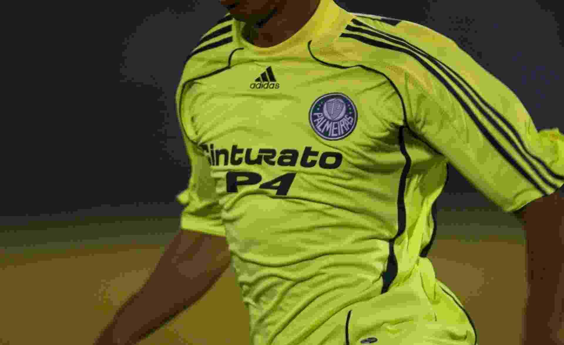 Palmeiras lança camisa retrô em homenagem aos seus 99 anos - 31 10 ... 42e5dec2355d5