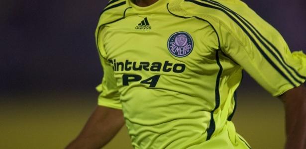 Desgaste de última renovação ainda atrapalha Palmeiras no papo com Adidas
