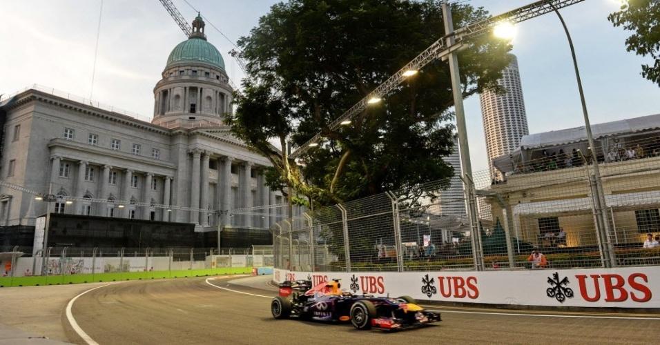 Sebastian Vettel fez o terceiro melhor tempo na primeira sessão de treinos livres, nesta sexta