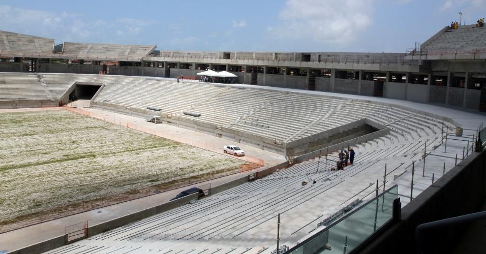 06/set/2013 - Obras da Arena das Dunas chegam a 88%, segundo governo