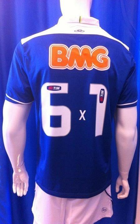 91ed07db1a Liderança impulsiona venda de camisas celestes  alguns tamanhos ...