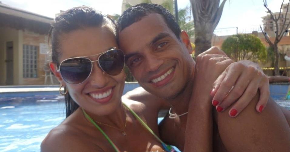 Luciane Escouto, Miss do vôlei, e o noivo, o fisioterapeuta Alison Monteiro