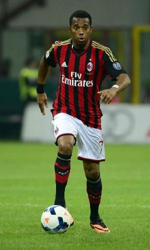 28.set.2013 - Robinho, do Milan, domina a bola durante o jogo contra o Sampdoria, pelo Campeonato Italiano