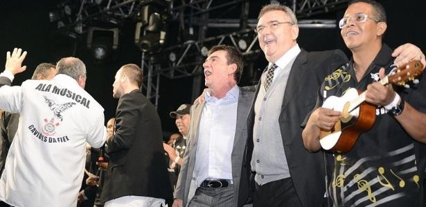 Gobbi, atual presidente, sorri ao lado de Andrés Sanchez, seu antecessor - Mauro Horita/site oficial do Corinthians